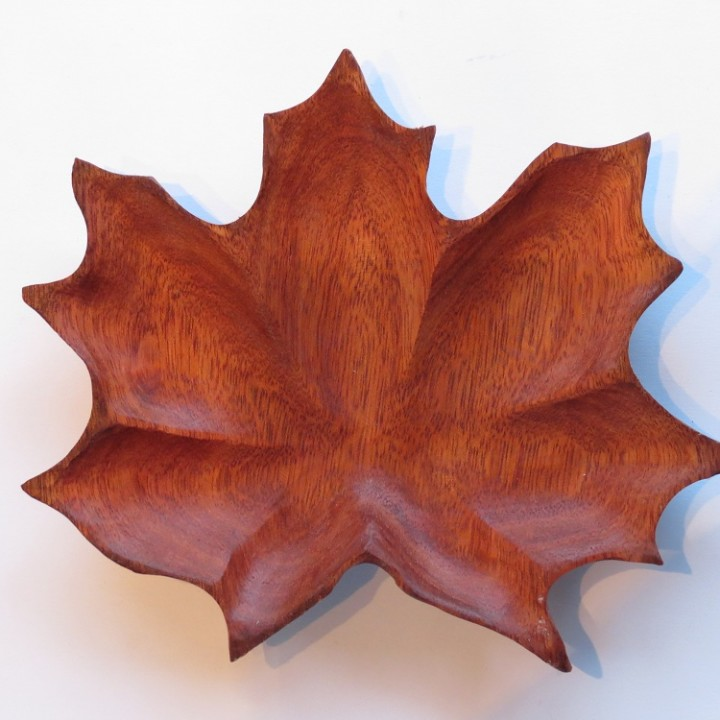 Maple leaf bowl satine wood morel carving